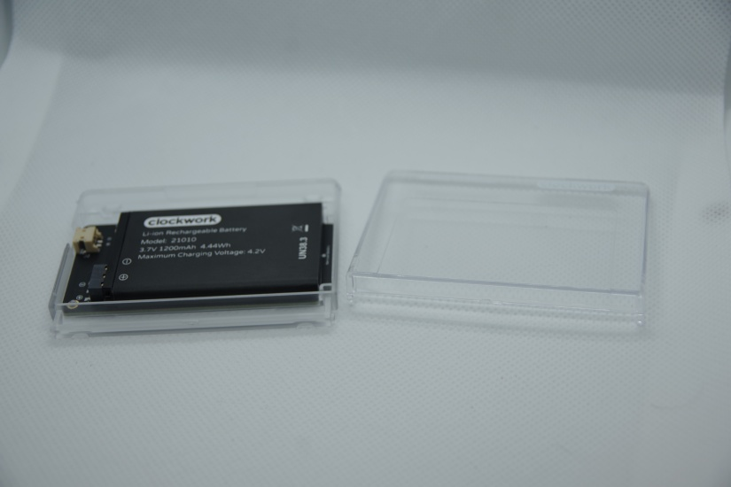 clockworkpi gameshell review - battery