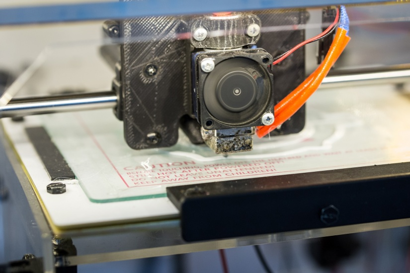 Resin vs Filament 3D Printers: Is an FDM vs SLA Printer Right for You? - fdm 3d printer