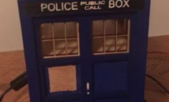 Build a Doctor Who Themed TARDIS Doorbell