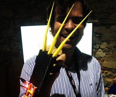 Wolverino: Fully Automatic Diy X-men Wolverine Claws